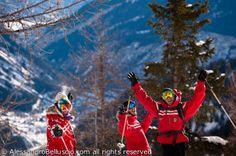 I nostri super maestri di sci e snowboard!  #SkiCourmayeur #ScuolaSciCourmayeur #ski #snowboard #sci #sciare #sport #freeride #freestyle #skitour #corsisci #corsisnowboard #lezioniprivate #minigruppisci #minigruppisnowboard #collettivesci #collettivesnowboard #skisafari #courmayeur #montblanc #montebianco #alpi #valledaosta #italy #travel ph. Alessandro Belluscio