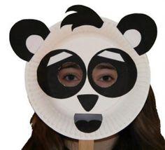 Maschera da panda con piatti carta