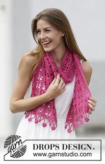 """Gehaakte DROPS stola met kantpatroon en bloemenrand van """"Cotton Merino"""". ~ DROPS Design"""