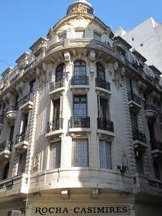Rocha Casimires (1925) - Piedras 99, esquina Hipólito Yrigoyen | Andrés Paolantonio - Edificios y Monumentos de Buenos Aires