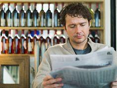 Periódico y vino