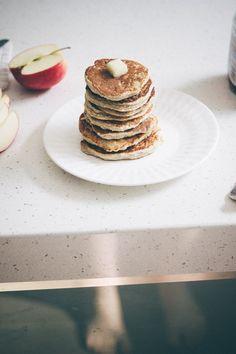 single serving pancake: 4 tbsp oat flour, 1 tbsp flour, egg, mashed banana or applesauce, 1 tbsp milk