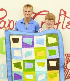 Porter's Wins Quilt Raffle During International Quilt Show   Porter's Craft & Frame