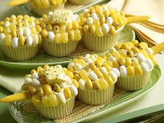 fun for a BBQ - Corn on the Cob Cupcakes