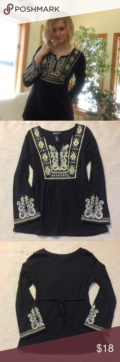 """Petite INC International Concepts Shirt This pre-owned shirt has barely been worn and is in perfect condition! It is a petite, so the arms are very short on me (I am 6'2""""). Price is firm for this item. INC International Concepts Tops Blouses"""