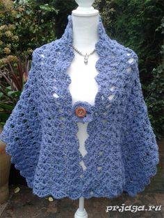Женственная красивая шаль крючком, выполнена в цвете синего джинса из магазина etsy