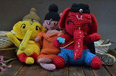 ¡Tenemos nuevos diseños de muñecos decorativos!, perfectos para regalar a esa persona especial. De venta en Chiapas #54, col. Roma y Cibeles 9, Plaza Villa de Madrid, col. Roma