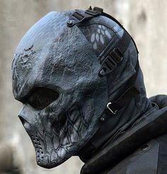 Masque et pierre précieuse [PW Jakab] Dad9b6a1fc0cb3f745ab9757af55bc3c