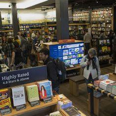 Amazon abre su primera librería física Brick And Mortar, Old World, How To Look Pretty, Nonfiction, Physics, Books To Read, Life, Travel, Seattle Washington