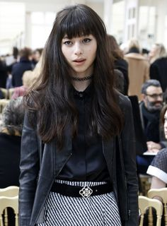 Ayami Nakajo Photos: Chanel : Front Row - Paris Fashion Week Womenswear Fall/Winter 2016/2017