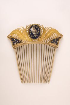 Naples, micromosaic comb, 1808, part of a parure (set of jewellery) owned by Caroline Bonaparte Murat (Queen of Naples, and sister of Napoleon Bonaparte) V&A