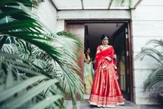Pick a fabric with work in weave or textures for your wedding outfit. Not just it's trending but its a great alternative for those heavily embellished lehenga. #indianwedding #indianbride #lehenga #wittyvows