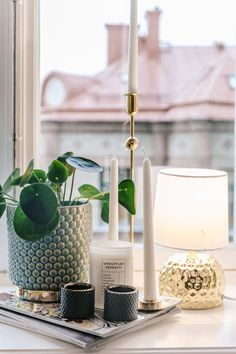 Beautiful and modern window sill decor with candles and plants Home Interior Design, Interior Styling, Window Sill Decor, House Doctor, Plywood Furniture, Home Decor Inspiration, Decor Ideas, Decoration, Diy Home Decor