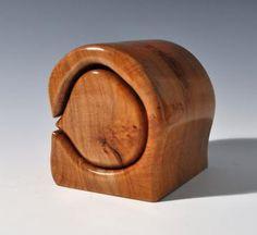 Maple jewelry or trinket bandsaw box by Silverfoxwoodstudio for $75.00