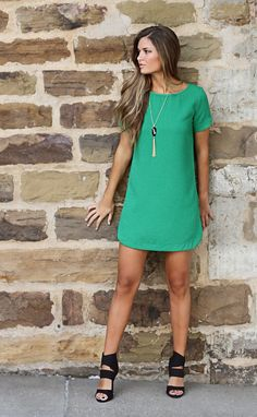 For Me: bubble gum shift dress - green Cute Dresses, Casual Dresses, Fashion Dresses, Green Shift Dress, Shift Dresses, Boutique Clothing, Women's Clothing, Chic Outfits, Casual Chic