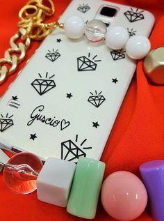 Guscio #Diamonds! #gusciostore #blackandwhite  #madeinitaly  #italiansdoitbetter #dilloconunguscio