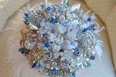 bridal-brooch-bouquet