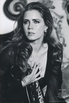 American Hustle = Amy Adams is always amazing... I want her outfits in this movie!