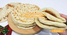 Nejlepší náhrada chleba z hrnečku. Placky z bílého jogurtu, které zvládne připravit i začátečník. – Snadné Recepty Pancakes, Breakfast, Food, Morning Coffee, Essen, Pancake, Meals, Yemek, Eten