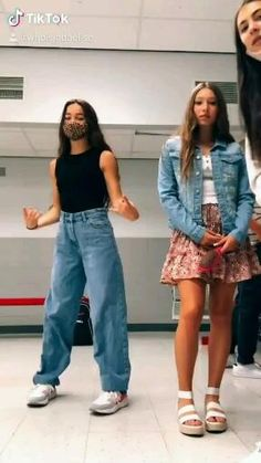 Summer Outfits, Girl Outfits, Cute Outfits, Fashion Outfits, School Outfits, Crazy Funny Videos, Super Funny Videos, Cute Celebrity Guys, Cute Celebrities