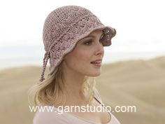 "Glimpse of Spring - Gehäkelter DROPS Hut in ""Muskat"". - Free pattern by DROPS Design"