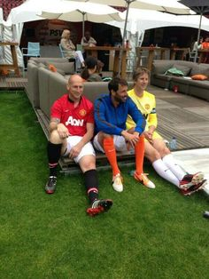 Twitter / InsideManUtd: Ex Reds Jaap Stam, Ruud van ...