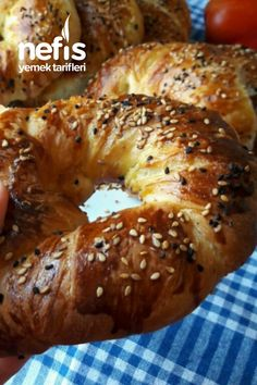 Hakiki Pastane Açması ( Tereyağlı Tel Tel) Tam Ölçü Turkish Recipes, Bagel, Food And Drink, Pizza, Cooking Recipes, Cookies, Baking, Desserts, Eat