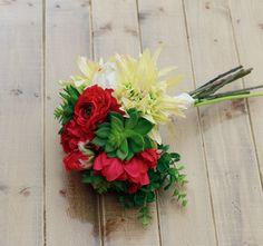 Summer Bouquet Succulent wedding piece