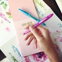 Pretty Hands, Love Notes, Latex Free, Pedi