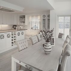White Kitchen Ideas - White never ever falls short to provide a kitchen style an ageless look. These elegant cooking areas, including every little thing from white kitchen cabinets to smooth white . Kitchen Interior, Interior Design Living Room, Kitchen Design, Kitchen Ideas, Open Plan Kitchen, Kitchen Living, Kitchen Grey, Rustic Kitchen, Sweet Home