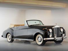 1953 Rolls Royce Silver Dawn Cabriolet.