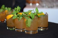 Southern Tipsy Tea - #lowsugar #teacocktail served at some of the finest bars around #London! Ingredients 150 ml Sweet Sally Spiced Tea  50 ml Bourbon  3-4 Orange Slices  Leaves from 2 Mint Sprigs  1 bar spoon Honey  Method Muddle orange slices in a whiskey tumbler. Add bourbon, Sweet Sally Spiced Tea, fresh mint, honey and ice. Stir well. Garnish with fresh mint and a slice of orange. #cocktails