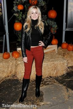 #LukasiakChloe la haunted hayride