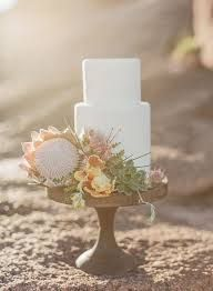 Protea is one of the latest trends in so have a look at the ideas to make your wedding super trendy! Protea bouquets are awesome and very original – Wedding Cake Designs, Wedding Cakes, Wedding Venues, Wedding Gowns, Protea Wedding, Wedding Flowers, Chic Wedding, Dream Wedding, Wedding Desert