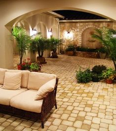 Rustic Spanish style courtyard porch patio