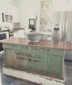 Awesome 31 Best Farmhouse Kitchen Decor Ideas  The post  31 Best Farmhouse Kitchen Decor Ideas…  appeared first on  Home Decor .