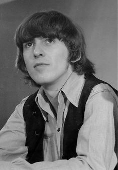 George Harrison (February 1943 - November 2001 ∞) I would assure all his fans that George was just as beautiful as they picture him. George Harrison, Great Bands, Cool Bands, Bug Boy, Eleanor Rigby, Just Good Friends, Lonely Heart, The Fab Four, Abbey Road