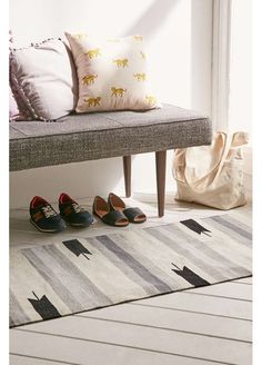 Assembly Home Beatrix Woven Rug - Urban Outfitters Photo Deco, Interior And Exterior, Interior Design, Textiles, Banquette, Mid Century Modern Design, Apartment Living, Apartment Goals, Home Collections