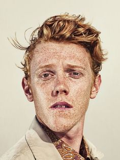 Billy Plummer (London born & based in Sydney), untitled. I just love freckles! Face Reference, Photo Reference, Foto Portrait, Portrait Photography, Portrait Inspiration, Character Inspiration, Pretty People, Beautiful People, Rides Front