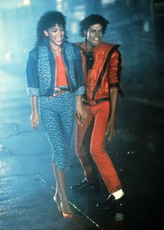 Michael Jackson and Ola Ray in Thriller Michael Jackson Bad, Janet Jackson, The Jackson Five, Jackson Family, Jackson Life, Rick Astley, 80s Costume, Costumes, Costume Ideas