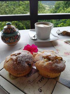 Magdalenas caseras ☕🍪  👉 www.elmiradordeordiales.com  #hotelrural #Asturias Homemade Desserts, Muffin, Breakfast, Food, Home Made Cupcakes, Homemade, Deserts, Morning Coffee, Essen