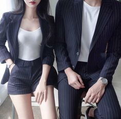 Korean Fashion – How to Dress up Korean Style – Designer Fashion Tips K Fashion, Fashion Couple, Ulzzang Fashion, Asian Fashion, Fashion Outfits, Fashion Design, Fashion Ideas, Seoul Fashion, 2000s Fashion