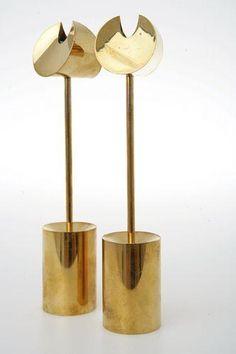 Pierre Forsell Skultuna mässing nr 1607 H 21 Vintage Home Accessories, Decorative Accessories, Decorative Items, Luxury Candles, Vintage Trends, Look Vintage, Vintage Lamps, Lamp Design, Hanging Lights