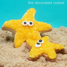 Starfish Cookies Using a regular star cookie cutter and then bending the dough before baking. Daycare end of year party Star Cookies, Iced Cookies, Cut Out Cookies, Cute Cookies, Royal Icing Cookies, Cookie Desserts, Cookies Et Biscuits, Cupcakes, Cupcake Cookies