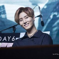 SG Fanmeet ♡ ↘ I know i shouldve spammed for YoungK's birthday somehow but i spammed on twitter most ㅋ  #HappyYoungKDay #ItsYoungKItsLove ㅡ  #Day6 #YoungK #KangYoungHyun #BrianKang #Brian #BriBri #JYP #강영현  #영케이 #데이식스 ©everydayb_