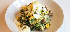 Andijvie-rucolastamppot met champignons, kaas en ei