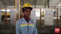 """Mereka justru malah merasa terbantu peningkatan ekonominya karena pabrik Semen Rembang. Warga Rembang menerima pabrik semen. Kok Komnas HAM malah minta ditutup? Aneh sekali,"""" ucap Bowo. Untuk itu..."""