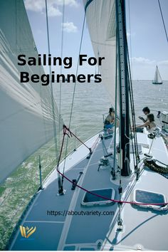 If you're just starting to master sailing and learn how to of sailing lessons sailboat, then one of the most important beginner sailing tips to remember is to practice in ideal conditions of light winds and low traffic. Sailing Girl, Ocean Sailing, Sailing Catamaran, Sailing Outfit, Yacht Boat, Sailing Ships, Sailing Basics, Sailing Terms, Sailing Lessons