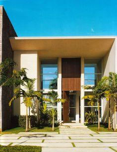 Como usar Aço Corten na arquitetura e construção? Beautiful Homes, Beautiful Places, Art Of Living, Large Windows, Modern Architecture, Facade, Modern Design, House Design, House Styles