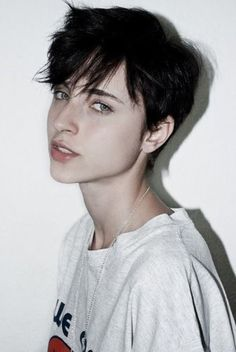 Looking for latest pixie hairstyles for black hair color? Here we have gathered images of Pixie Haircut for Black Hair that you will like! One thing for. Cute Hairstyles For Short Hair, Girl Short Hair, Pixie Hairstyles, Trendy Hairstyles, Short Hair Styles, Short Haircuts, Wedding Hairstyles, Short Hair Tomboy, Tomboy Hairstyles